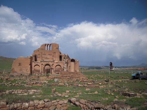 la facade Est de la basilique