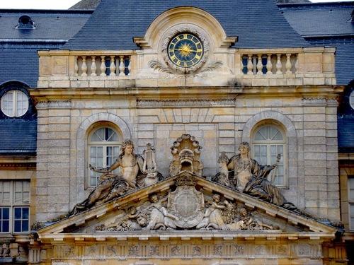 Dans Les Annees 1890 Il Demande A George Borrel Successeur Du Celebre Horloger Wagner J Neveu 1800 1875 De Creer Cette Nouvelle Horloge