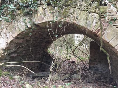 le pont d'accès