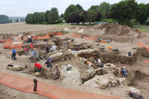 Fouilles archéologiques dans les environs de Vendeuil-Caply