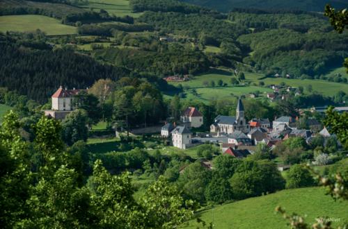 Château de La Roche dans le Morvan