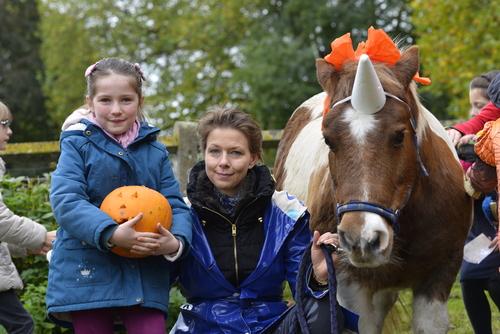 Ninon et Antoinette fêtant halloween au château