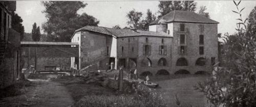 Moulin 1900