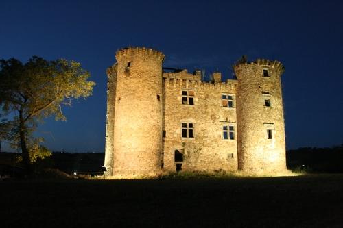 Château de Pagax : mise en lumière