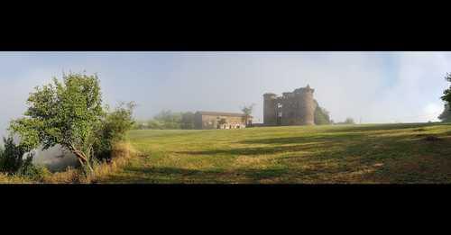 Château de Pagax : panorama