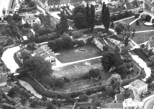 Le vieux château en 1950