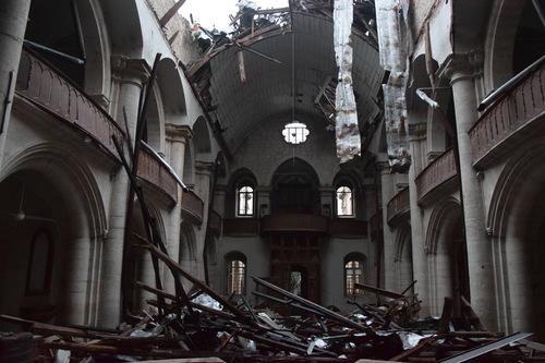 Le toit s'est complètement effondré. Décembre 2016