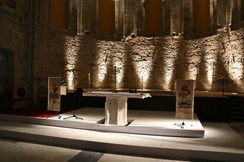 scénographie de la table d'autel