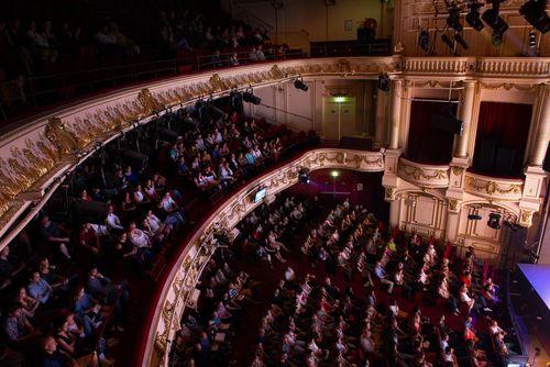 Théâtre Mogador - intérieur haut pleine
