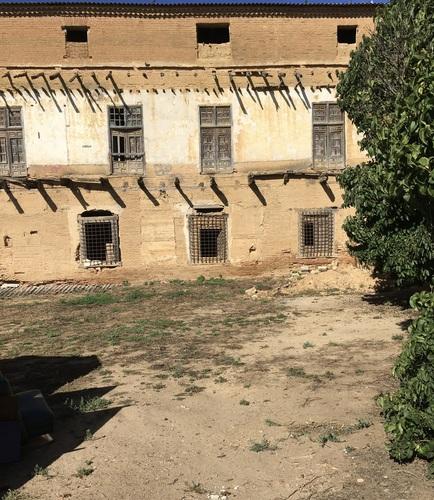 Façade donnant sur l'ancien jardin (la façade se trovuve actuellement en restauration)